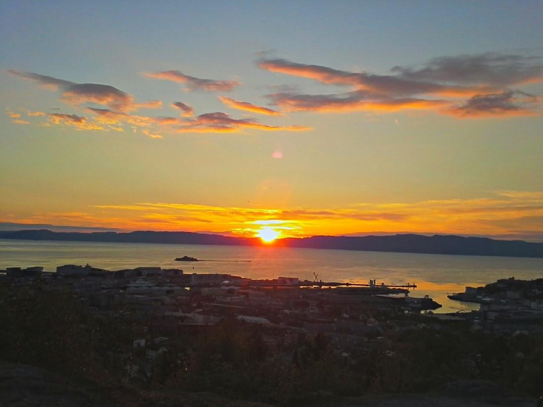 Solnedgang over Fosenalpene
