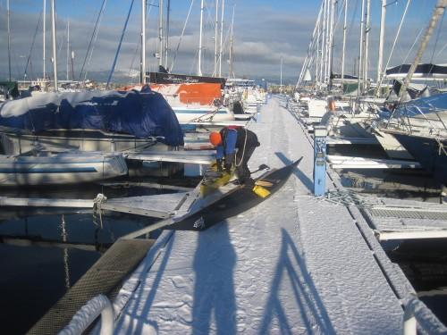 Vakkert med snø på kaia.